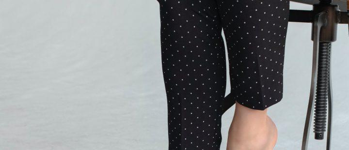 Najmodniejsze fasony spodni do pracy